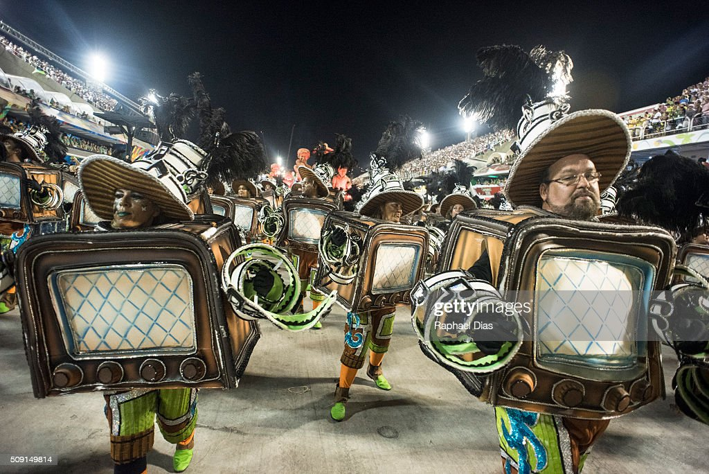 A performer dances during Imperatriz Leopoldinense performance at the Rio Carnival in Sambodromo on February 8, 2016 in Rio de Janeiro, Brazil. Despite the Zika virus epidemic, thousands of tourists gathered in Rio de Janeiro for the carnival.