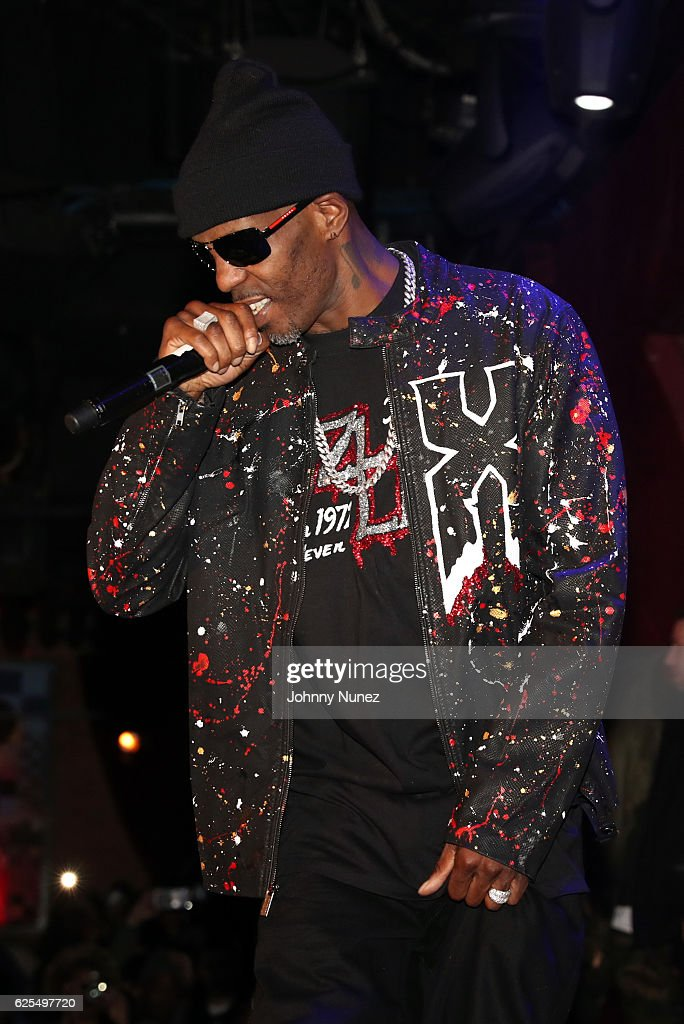 DMX performs at B.B. King Blues Club & Grill on November 23, 2016 in New York City.