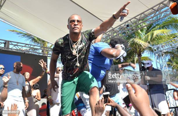 I performs at Irie Weekend Pool Party at the Eden Roc on July 1 2017 in Miami Beach Florida