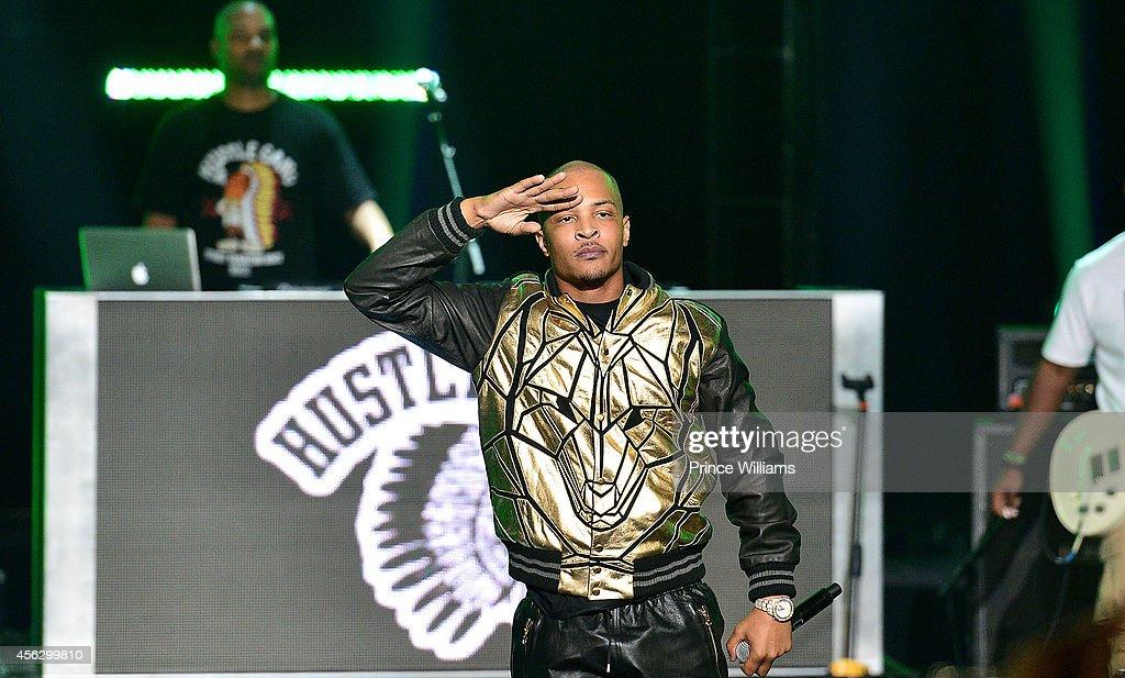 I performs at the BET Hip Hop awards at Boisfeuillet Jones Atlanta Civic Center on September 20 2014 in Atlanta Georgia