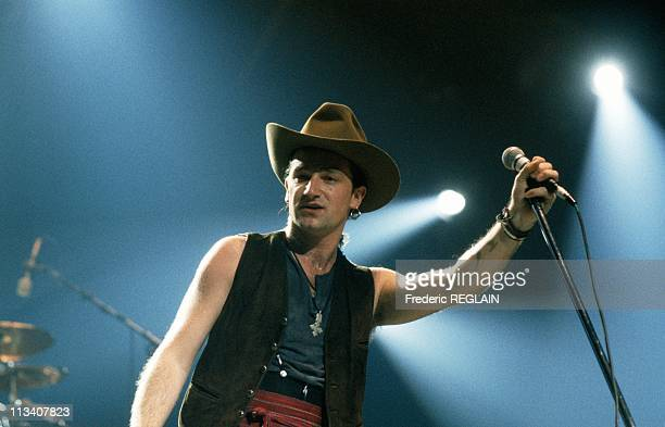 Performs At Zenith In Paris On 1987
