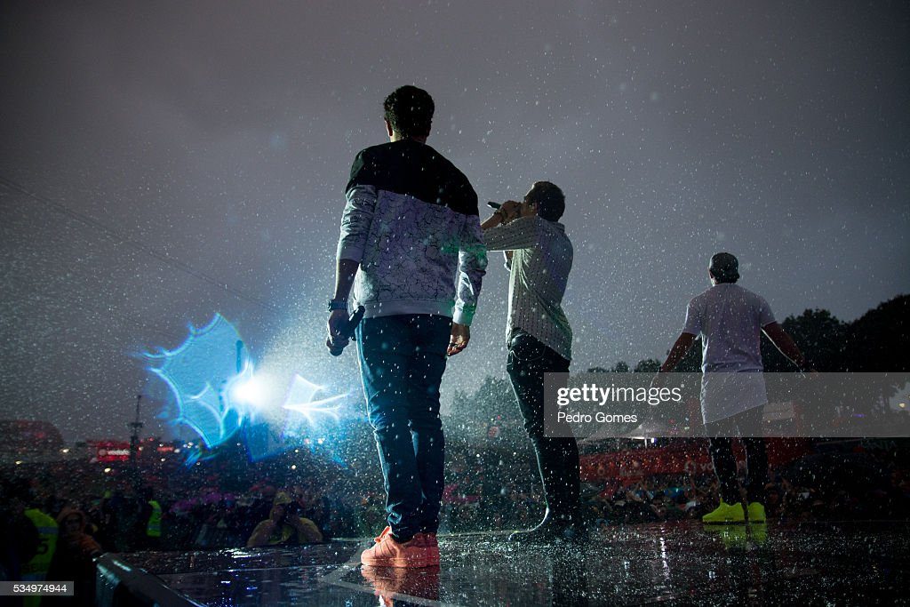 A performs on Mundo stage at Rock in Rio on May 28, 2016 in Lisbon, Portugal.