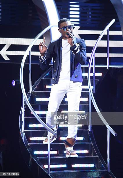 OMI performs onstage during the 16th Annual Latin GRAMMY Awards held at MGM Grand Garden Arena on November 19 2015 in Las Vegas Nevada