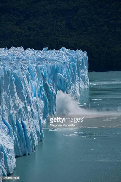 Perito Moreno Glacier calving into Lago Argentino, Parque Nacional Los Glaciares, Los Glaciares National Park, Patagonia, Argentina, South America