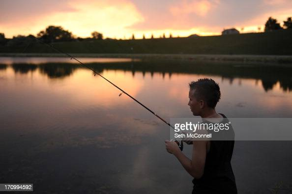 T j carpenter photos et images de collection getty images for Cherry creek reservoir fishing