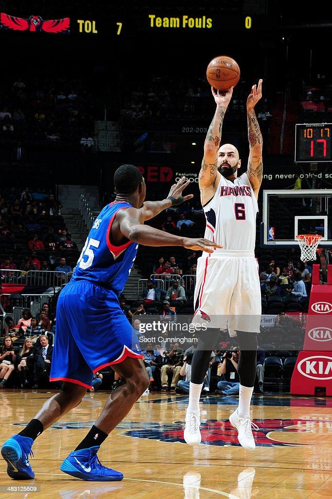 Pero Antic #6 of the Atlanta Hawks shoots against the Philadelphia 76ers on March 31, 2014 at Philips Arena in Atlanta, Georgia.