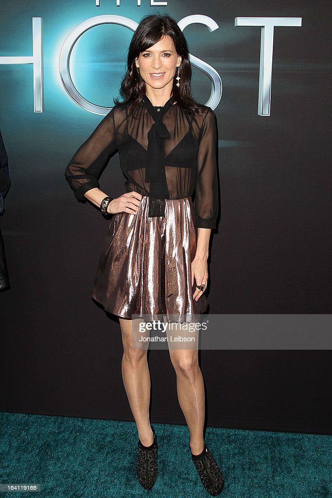 Perrey Reeves attends the 'The Host' - Los Angeles Premiere at ArcLight Cinemas Cinerama Dome on March 19, 2013 in Hollywood, California.