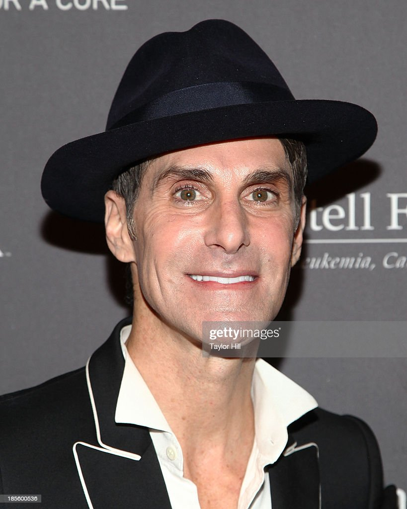 <a gi-track='captionPersonalityLinkClicked' href=/galleries/search?phrase=Perry+Farrell&family=editorial&specificpeople=213012 ng-click='$event.stopPropagation()'>Perry Farrell</a> of Jane's Addiction attends T.J. Martell Foundation's 38th Annual Honors Gala at Cipriani 42nd Street on October 22, 2013 in New York City.
