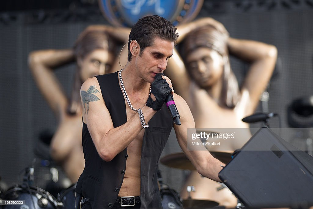 <a gi-track='captionPersonalityLinkClicked' href=/galleries/search?phrase=Perry+Farrell&family=editorial&specificpeople=213012 ng-click='$event.stopPropagation()'>Perry Farrell</a> of Jane's Addiction performs on day 3 of Bottle Rock Napa Valley Festival at Napa Valley Expo on May 11, 2013 in Napa, California.