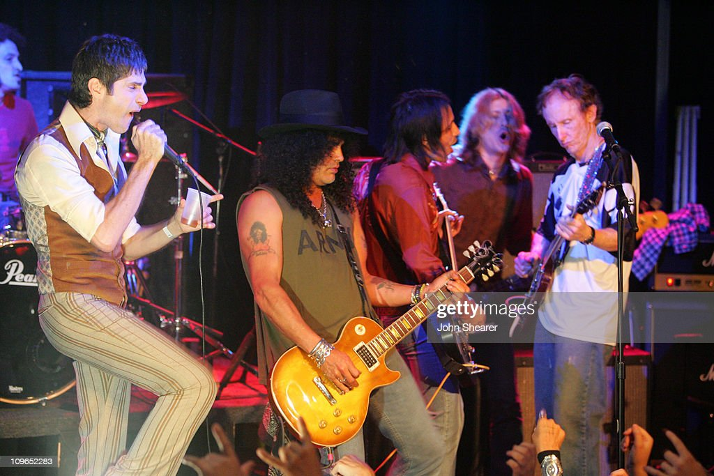 Perry Farrell, Slash and Carl Restivo perform with Robby Krieger of The Doors