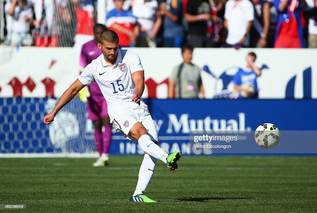 Perry Kitchen #15 of the USA passes the ball during the international men's friendly match against Panama at StubHub Center on February 8, 2015 in Los Angeles, California. The USA defeated Panama 2-0.