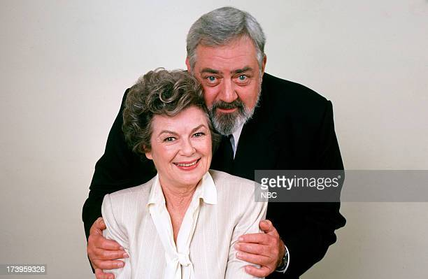 Barbara Hale as Della Street Raymond Burr as Perry Mason