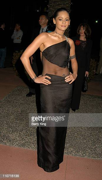 Persia White Photos Et Images De Collection Getty Images