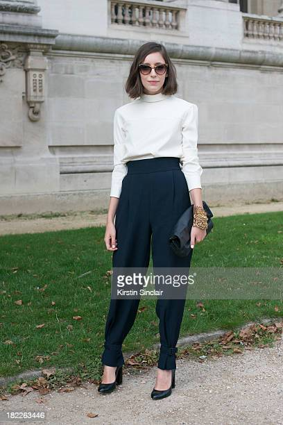personal shopper and freelance stylist letitia roukbi wears a marc jacobs top zara trousers and shoes - Freelance Stylist