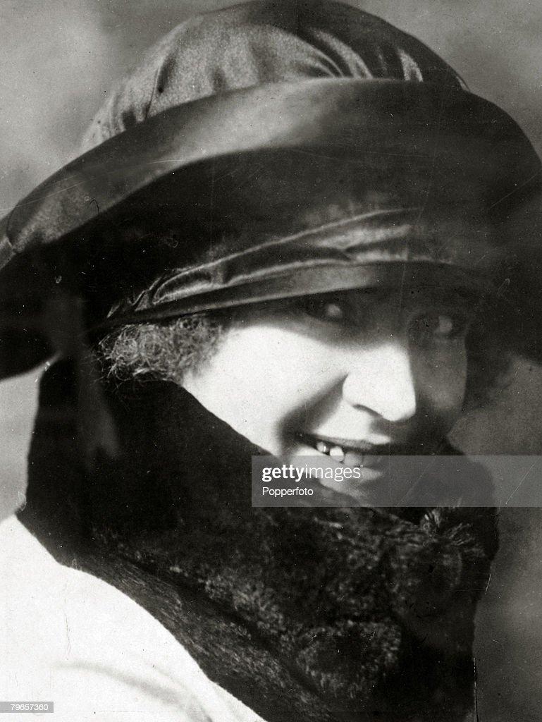 circa 1920's, Rachele Guidi, Signora Mussolini, (1890-1979) the wife of the Italian Dictator Benito Mussolini