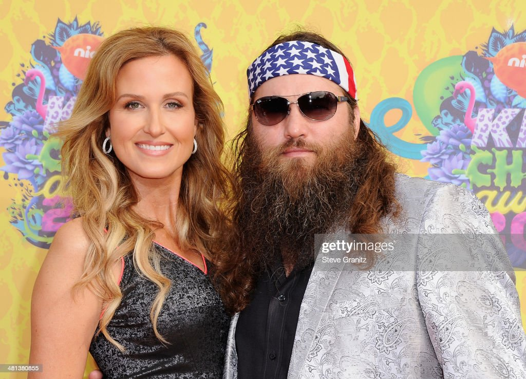 TV personalities <a gi-track='captionPersonalityLinkClicked' href=/galleries/search?phrase=Korie+Robertson&family=editorial&specificpeople=9195966 ng-click='$event.stopPropagation()'>Korie Robertson</a> (L) and <a gi-track='captionPersonalityLinkClicked' href=/galleries/search?phrase=Willie+Robertson&family=editorial&specificpeople=2788954 ng-click='$event.stopPropagation()'>Willie Robertson</a> attend Nickelodeon's 27th Annual Kids' Choice Awards held at USC Galen Center on March 29, 2014 in Los Angeles, California.