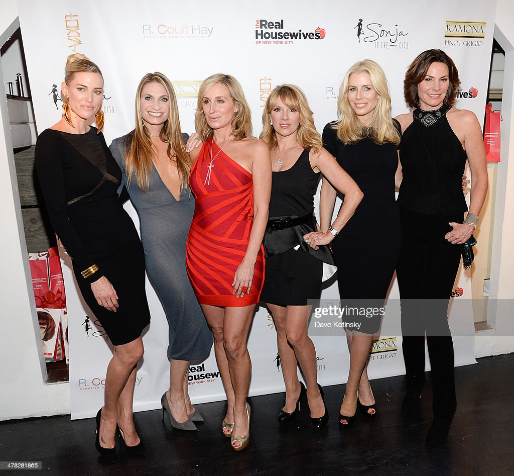 TV personalities Kristen Taekman, Carole Radziwill, <a gi-track='captionPersonalityLinkClicked' href=/galleries/search?phrase=Ramona+Singer&family=editorial&specificpeople=4949817 ng-click='$event.stopPropagation()'>Ramona Singer</a>, <a gi-track='captionPersonalityLinkClicked' href=/galleries/search?phrase=Sonja+Morgan&family=editorial&specificpeople=6346743 ng-click='$event.stopPropagation()'>Sonja Morgan</a>, <a gi-track='captionPersonalityLinkClicked' href=/galleries/search?phrase=Aviva+Drescher&family=editorial&specificpeople=8624423 ng-click='$event.stopPropagation()'>Aviva Drescher</a>, Heather Thomson and Countess LuAnn De Lessep attend the 'The Real Housewives Of New York City' season six premiere party at Tokya on March 12, 2014 in New York City.