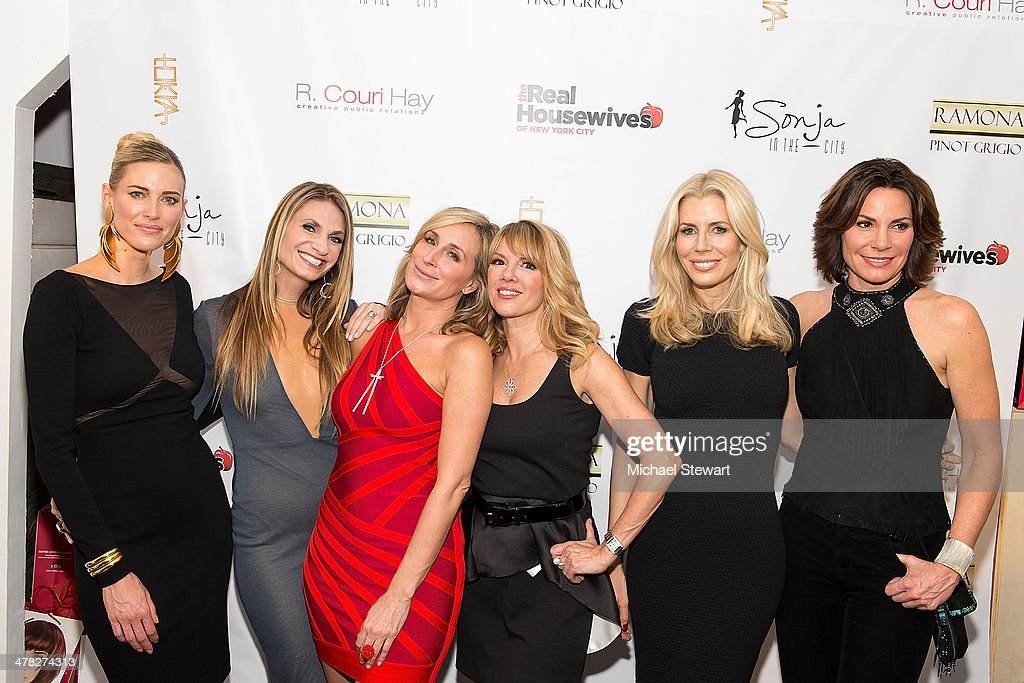 TV personalities Kristen Taekman, <a gi-track='captionPersonalityLinkClicked' href=/galleries/search?phrase=Ramona+Singer&family=editorial&specificpeople=4949817 ng-click='$event.stopPropagation()'>Ramona Singer</a>, <a gi-track='captionPersonalityLinkClicked' href=/galleries/search?phrase=Sonja+Morgan&family=editorial&specificpeople=6346743 ng-click='$event.stopPropagation()'>Sonja Morgan</a>, <a gi-track='captionPersonalityLinkClicked' href=/galleries/search?phrase=Aviva+Drescher&family=editorial&specificpeople=8624423 ng-click='$event.stopPropagation()'>Aviva Drescher</a>, Heather Thomson and Countess LuAnn De Lesseps attend the 'The Real Housewives Of New York City' season six premiere party at Tokya on March 12, 2014 in New York City.