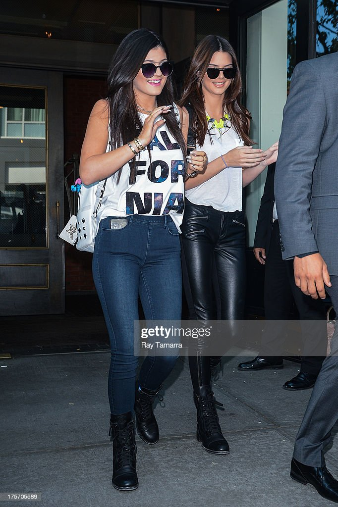 TV personalities <a gi-track='captionPersonalityLinkClicked' href=/galleries/search?phrase=Kylie+Jenner&family=editorial&specificpeople=870409 ng-click='$event.stopPropagation()'>Kylie Jenner</a> (L) and <a gi-track='captionPersonalityLinkClicked' href=/galleries/search?phrase=Kendall+Jenner&family=editorial&specificpeople=2786662 ng-click='$event.stopPropagation()'>Kendall Jenner</a> leave their Soho hotel on August 6, 2013 in New York City.