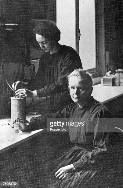 Personalities Medicine Science/Health pic circa 1915 Marie Curie 18671934 pictured with her daughter Irene who worlked closely with her mother Marie...