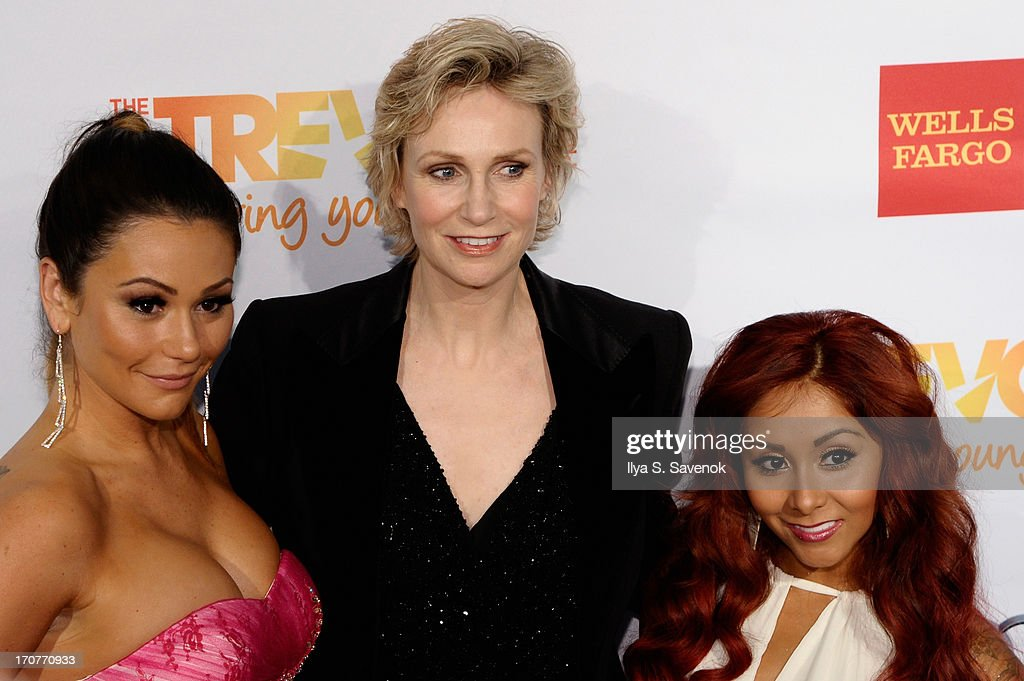 TV personalities Nicole Snooki Polizzi and Jenni Jwoww Farley pose with actress Jane Lynch at the Trevor Project's 2013 'TrevorLIVE' Event Honoring Cindy Hensley McCain at Chelsea Piers on June 17, 2013 in New York City.