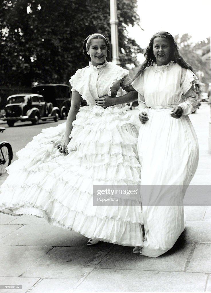 Woolf barnato cocktail dress