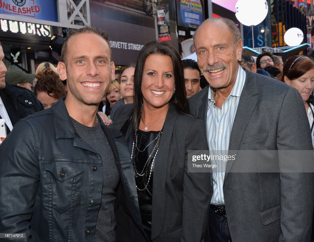 TV personalities Seth Gold, Ashley Broad, and Les Gold pose at the Guinness World Records Unleashed Arena in Times Square on November 6, 2013 in New York City. (Photo by Theo Wargo/WireImage) 24244_003_TW_0131.JPG