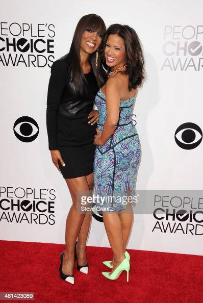 TV personalities Shaun Robinson and Rocsi Diaz attend The 40th Annual People's Choice Awards at Nokia Theatre LA Live on January 8 2014 in Los...