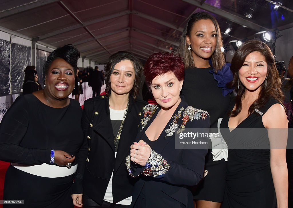 TV personalities Sheryl Underwood Sara Gilbert Sharon Osbourne Aisha Tyler and Julie Chen attend the People's Choice Awards 2016 at Microsoft Theater...