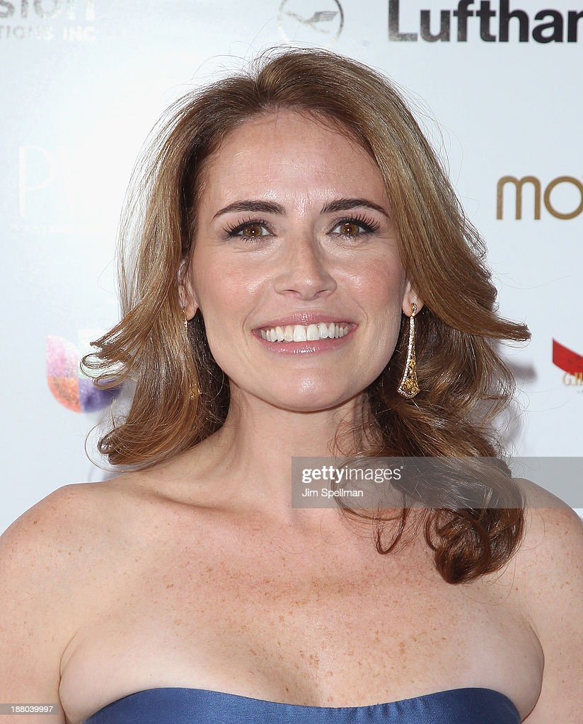 TV Personality Alexis Glick attends the New York Moves Magazine's 10th Anniversary Power Women Gala at the Grand Hyatt New York on November 14, 2013 in New York City.