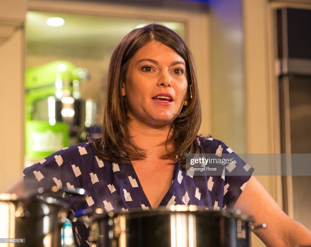 TV personality and Bravo Top Chef judge Gail Simmons conducts a cooking demonstration on June 14 in Aspen Colorado The 31st Annual Food Wine Classic...