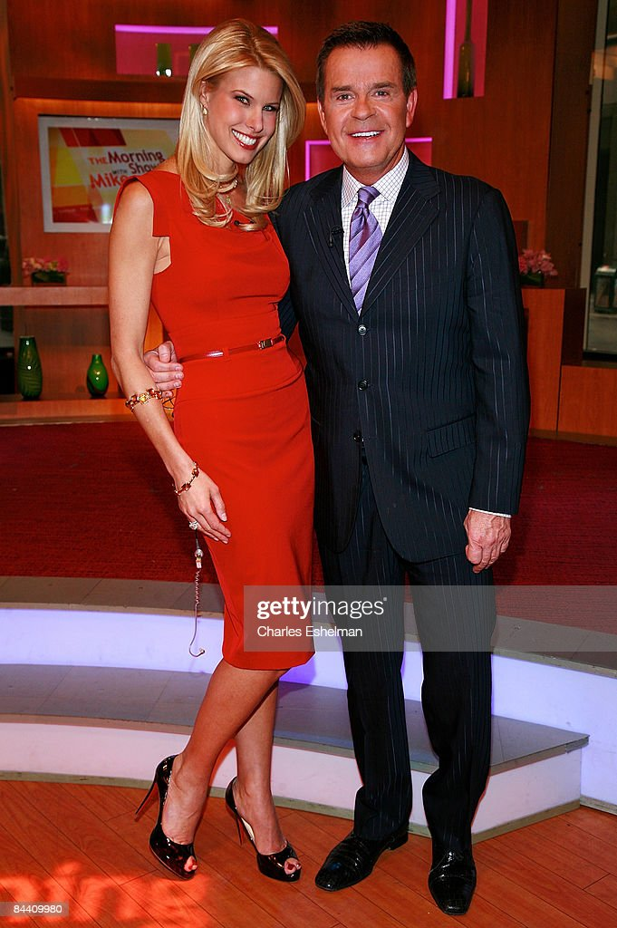 TV personality Beth Stern visits host Mike Jerrick on 'The Morning Show with Mike and Juliet' at FOX studios on January 22, 2009 in New York City.