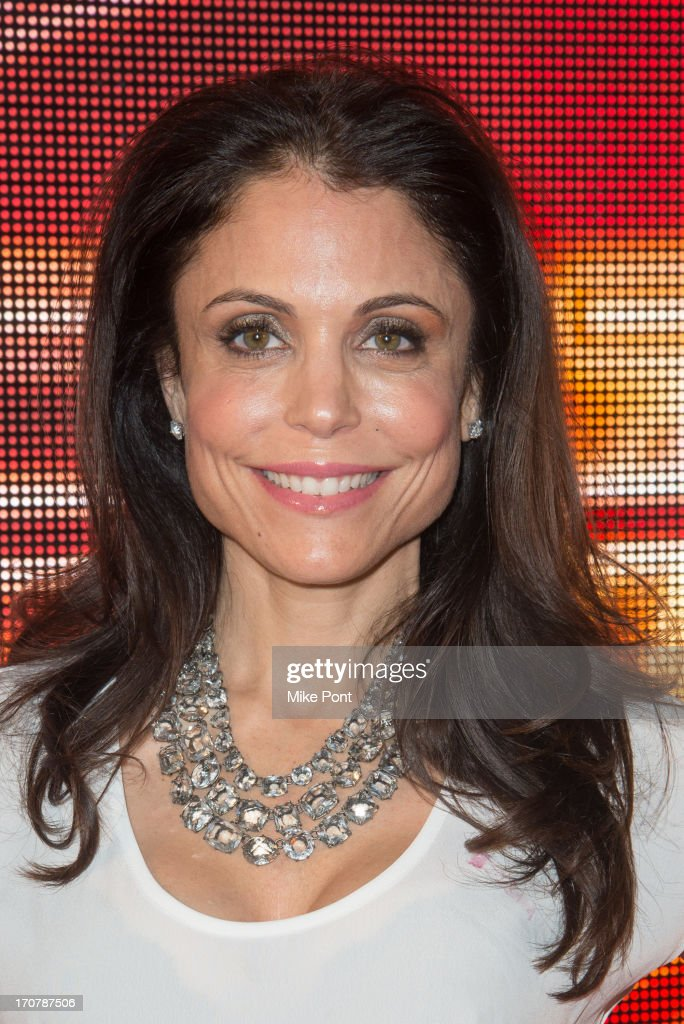 TV Personality <a gi-track='captionPersonalityLinkClicked' href=/galleries/search?phrase=Bethenny+Frankel&family=editorial&specificpeople=873539 ng-click='$event.stopPropagation()'>Bethenny Frankel</a> attends The 40/40 Club 10 Year Anniversary Party at 40 / 40 Club on June 17, 2013 in New York City.
