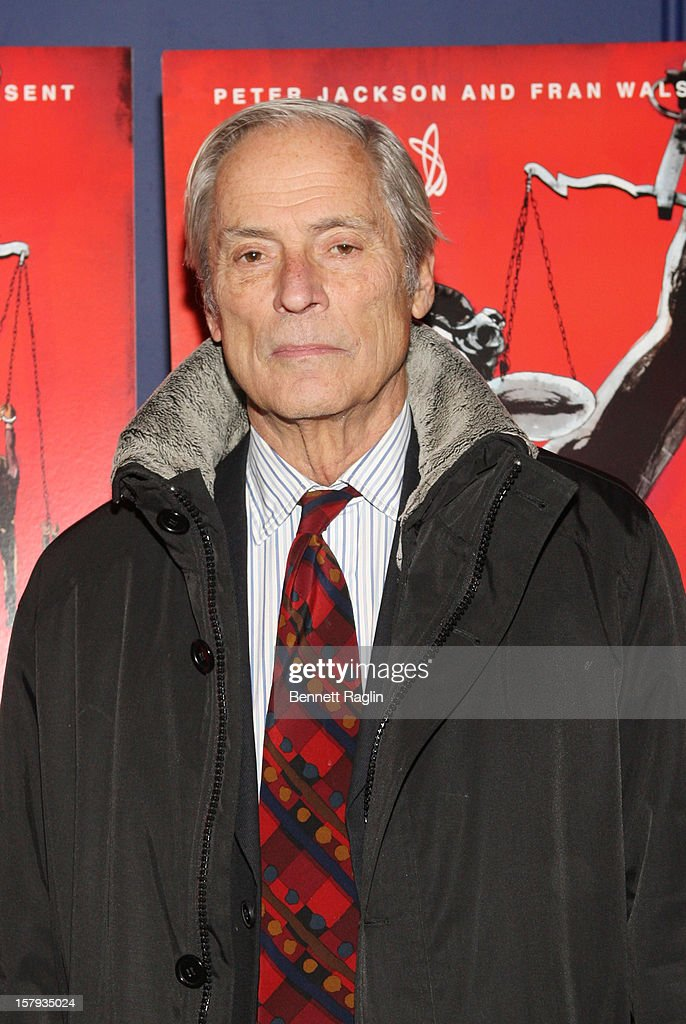 TV personality <a gi-track='captionPersonalityLinkClicked' href=/galleries/search?phrase=Bob+Simon&family=editorial&specificpeople=1364961 ng-click='$event.stopPropagation()'>Bob Simon</a> attends the 'West Of Memphis' premiere at Florence Gould Hall on December 7, 2012 in New York City.