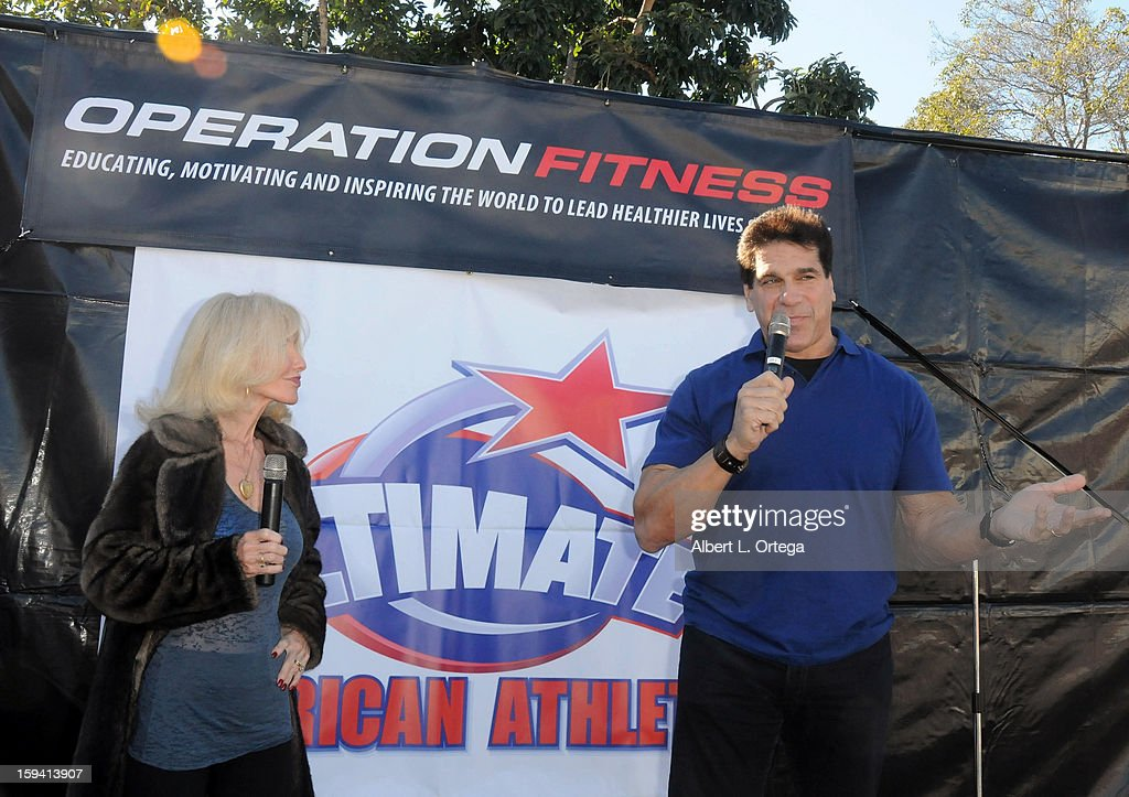 Personality Carla Ferigno and actor/body builder Lou Ferigno participate in the Red Carpet Health Expo held at The Vitamin Shoppe on January 12, 2013 in Los Angeles, California.