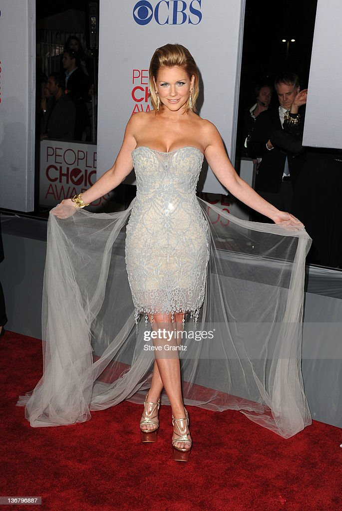 TV personality Carrie Keagan arrives at the People's Choice Awards 2012 at Nokia Theatre LA Live on January 11, 2012 in Los Angeles, California.