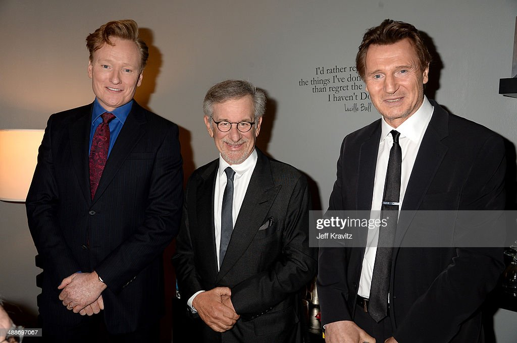 TV personality <a gi-track='captionPersonalityLinkClicked' href=/galleries/search?phrase=Conan+O%27Brien&family=editorial&specificpeople=208095 ng-click='$event.stopPropagation()'>Conan O'Brien</a>, USC Shoah Foundation Honorary Chair <a gi-track='captionPersonalityLinkClicked' href=/galleries/search?phrase=Steven+Spielberg&family=editorial&specificpeople=202022 ng-click='$event.stopPropagation()'>Steven Spielberg</a>, and actor <a gi-track='captionPersonalityLinkClicked' href=/galleries/search?phrase=Liam+Neeson&family=editorial&specificpeople=202030 ng-click='$event.stopPropagation()'>Liam Neeson</a> attend USC Shoah Foundation's 20th Anniversary Gala at the Hyatt Regency Century Plaza on May 7, 2014 in Century City, California.