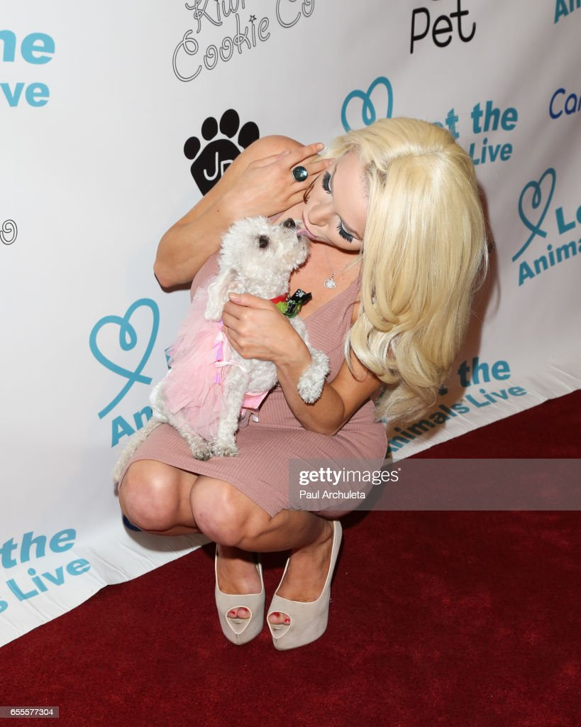 TV Personality Courtney Stodden attends the 'Let The Animals Live' gala at The Olympic Collection Banquet & Conference Center on March 19, 2017 in Los Angeles, California.