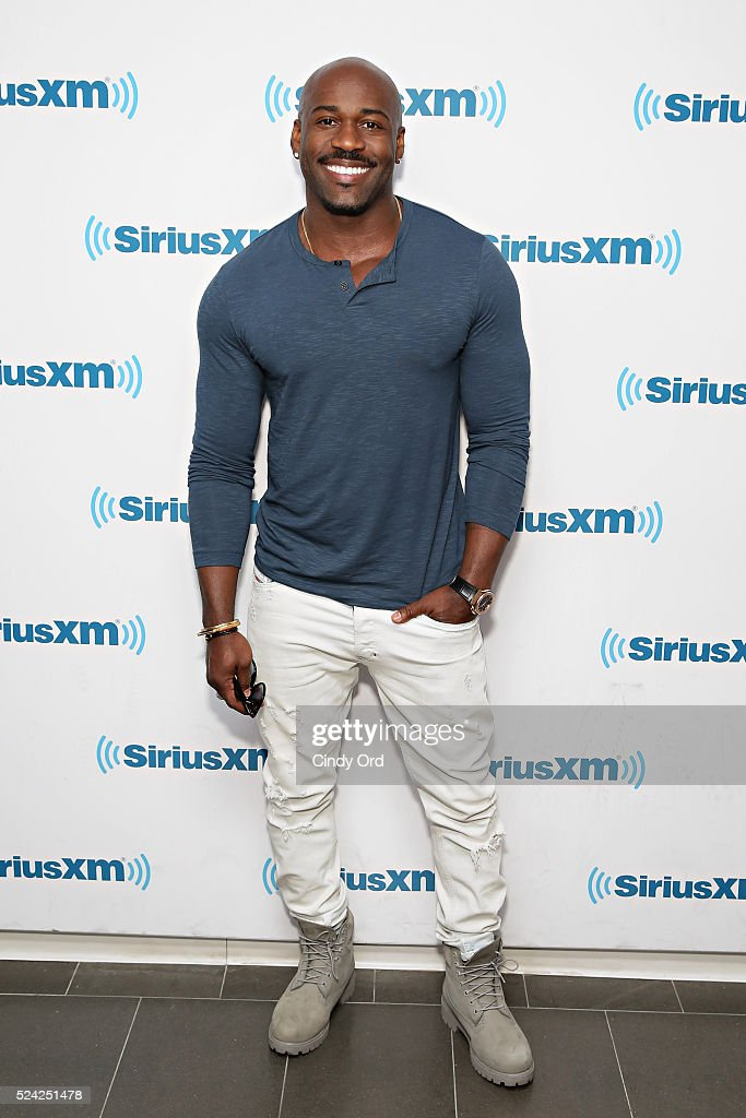 TV personality Dolvett Quince visits the SiriusXM Studio on April 25, 2016 in New York City.