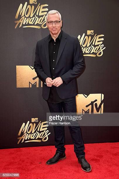 TV personality Dr Drew Pinsky attends the 2016 MTV Movie Awards at Warner Bros Studios on April 9 2016 in Burbank California MTV Movie Awards airs...