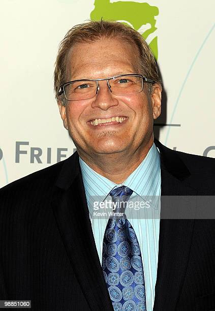 TV personality Drew Carey arrives at the United Friends of the Children's Brass Ring Awards Dinner 2010 honoring Julie Chen Leslie Moonves held at...