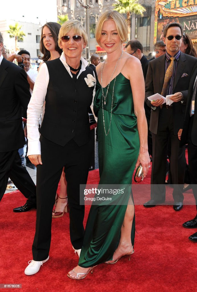 TV personality <a gi-track='captionPersonalityLinkClicked' href=/galleries/search?phrase=Ellen+DeGeneres&family=editorial&specificpeople=171367 ng-click='$event.stopPropagation()'>Ellen DeGeneres</a> and actress Portia de Rossi arrive at the 35th Annual Daytime Emmy Awards at the Kodak Theatre on June 20, 2008 in Los Angeles, California.