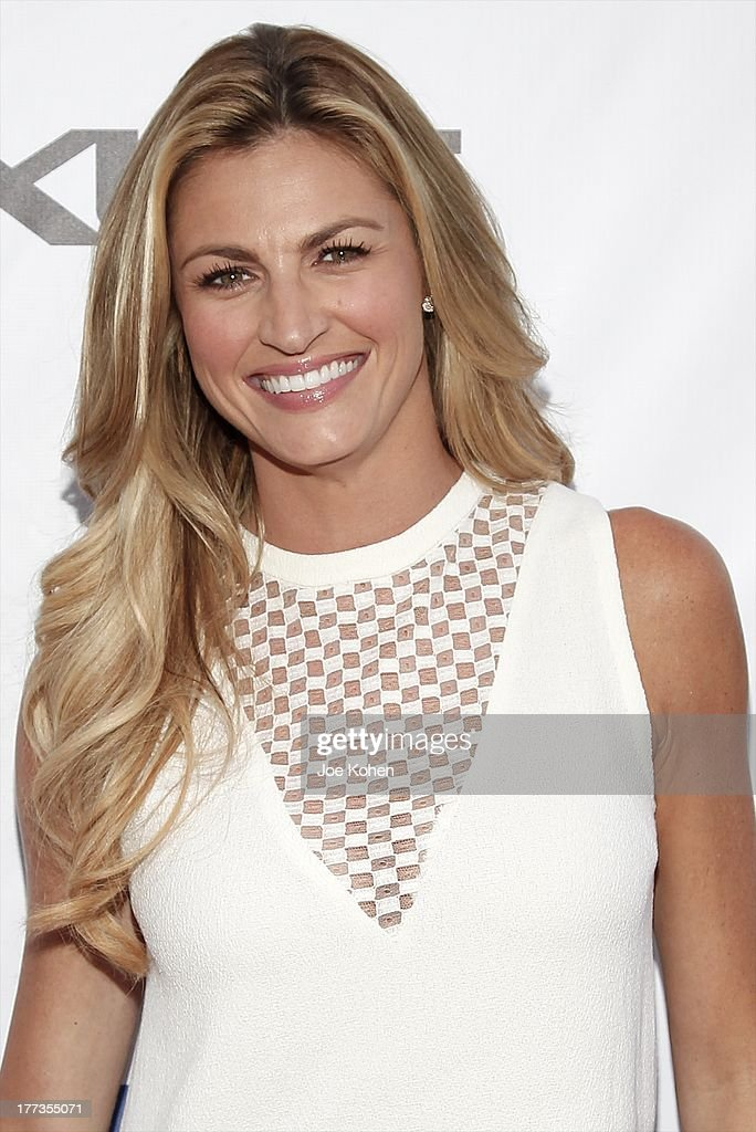 TV personality Erin Andrews attends the 2013 Los Angeles Food & Wine Festival 'Festa Italiana With Giada De Laurentiis' Opening Night Gala on August 22, 2013 in Los Angeles, California.