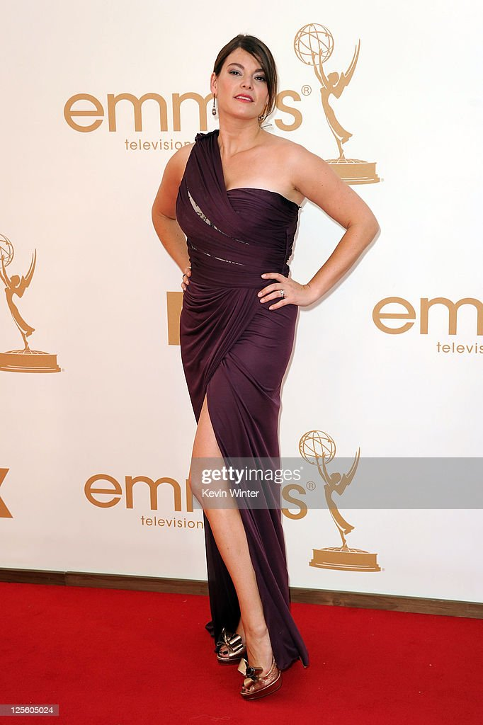 TV personality <a gi-track='captionPersonalityLinkClicked' href=/galleries/search?phrase=Gail+Simmons&family=editorial&specificpeople=4337508 ng-click='$event.stopPropagation()'>Gail Simmons</a> arrives at the 63rd Annual Primetime Emmy Awards held at Nokia Theatre L.A. LIVE on September 18, 2011 in Los Angeles, California.