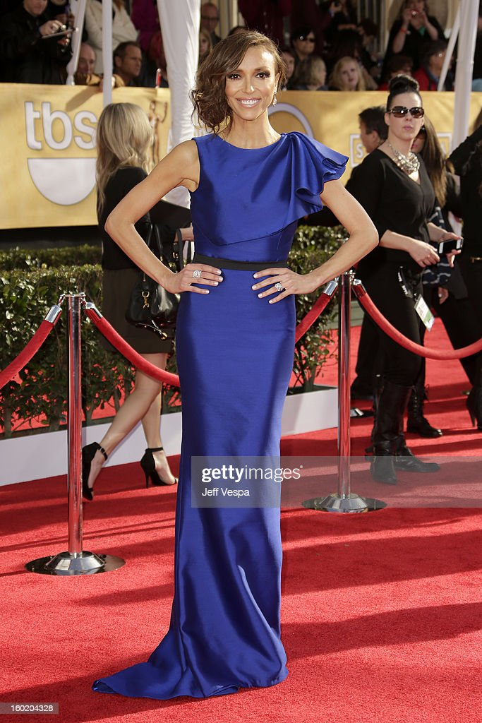 TV personality Giuliana Rancic arrives at the19th Annual Screen Actors Guild Awards held at The Shrine Auditorium on January 27, 2013 in Los Angeles, California.