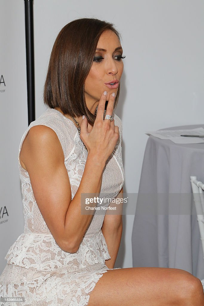 TV Personality <a gi-track='captionPersonalityLinkClicked' href=/galleries/search?phrase=Giuliana+Rancic&family=editorial&specificpeople=556124 ng-click='$event.stopPropagation()'>Giuliana Rancic</a> attends Luncheon In Honor Of Breast Cancer Awareness Month at Bryant Park Hotel on October 10, 2013 in New York City.