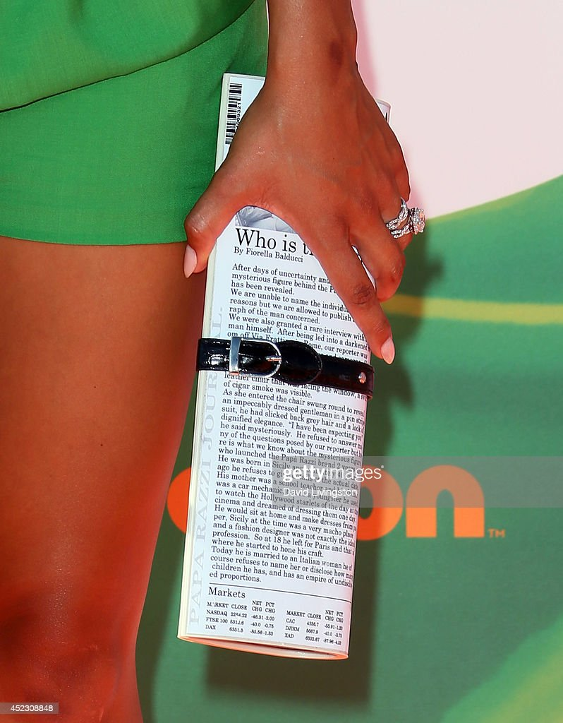 TV personality Gloria Govan (purse detail) attends the Nickelodeon Kids' Choice Sports Awards 2014 at Pauley Pavilion on July 17, 2014 in Los Angeles, California.