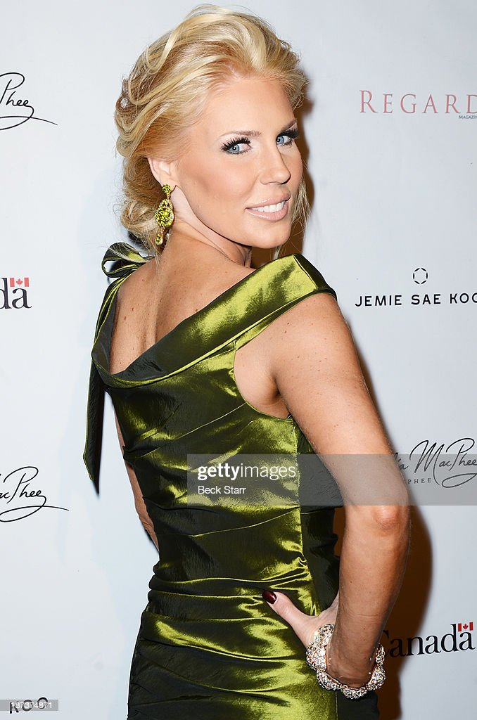 TV personality <a gi-track='captionPersonalityLinkClicked' href=/galleries/search?phrase=Gretchen+Rossi&family=editorial&specificpeople=5637804 ng-click='$event.stopPropagation()'>Gretchen Rossi</a> arrives at Canadian Consul General honors fashion designer Dalia MacPhee on November 7, 2013 in Los Angeles, California.