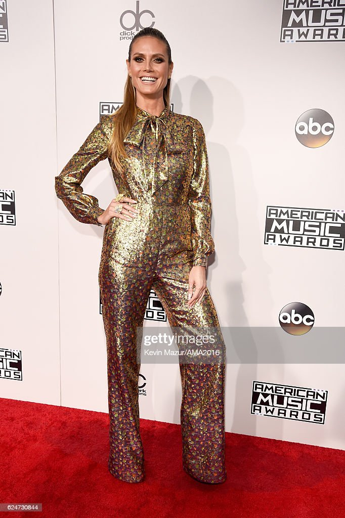 TV personality Hedi Klum attends the 2016 American Music Awards at Microsoft Theater on November 20, 2016 in Los Angeles, California.