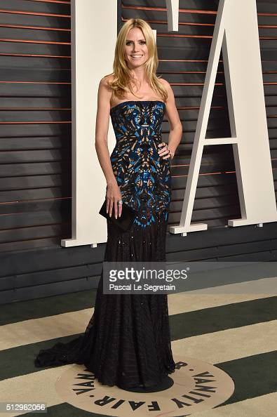 TV personality Heidi Klum attends the 2016 Vanity Fair Oscar Party Hosted By Graydon Carter at the Wallis Annenberg Center for the Performing Arts on...